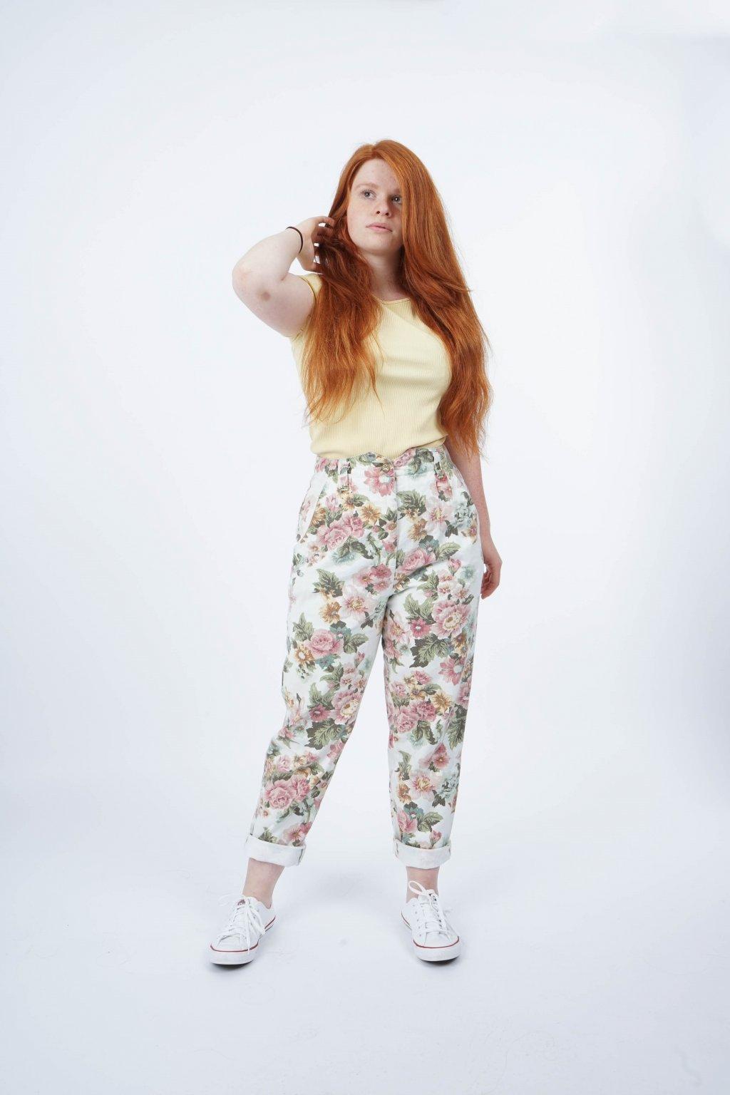 Květované džíny
