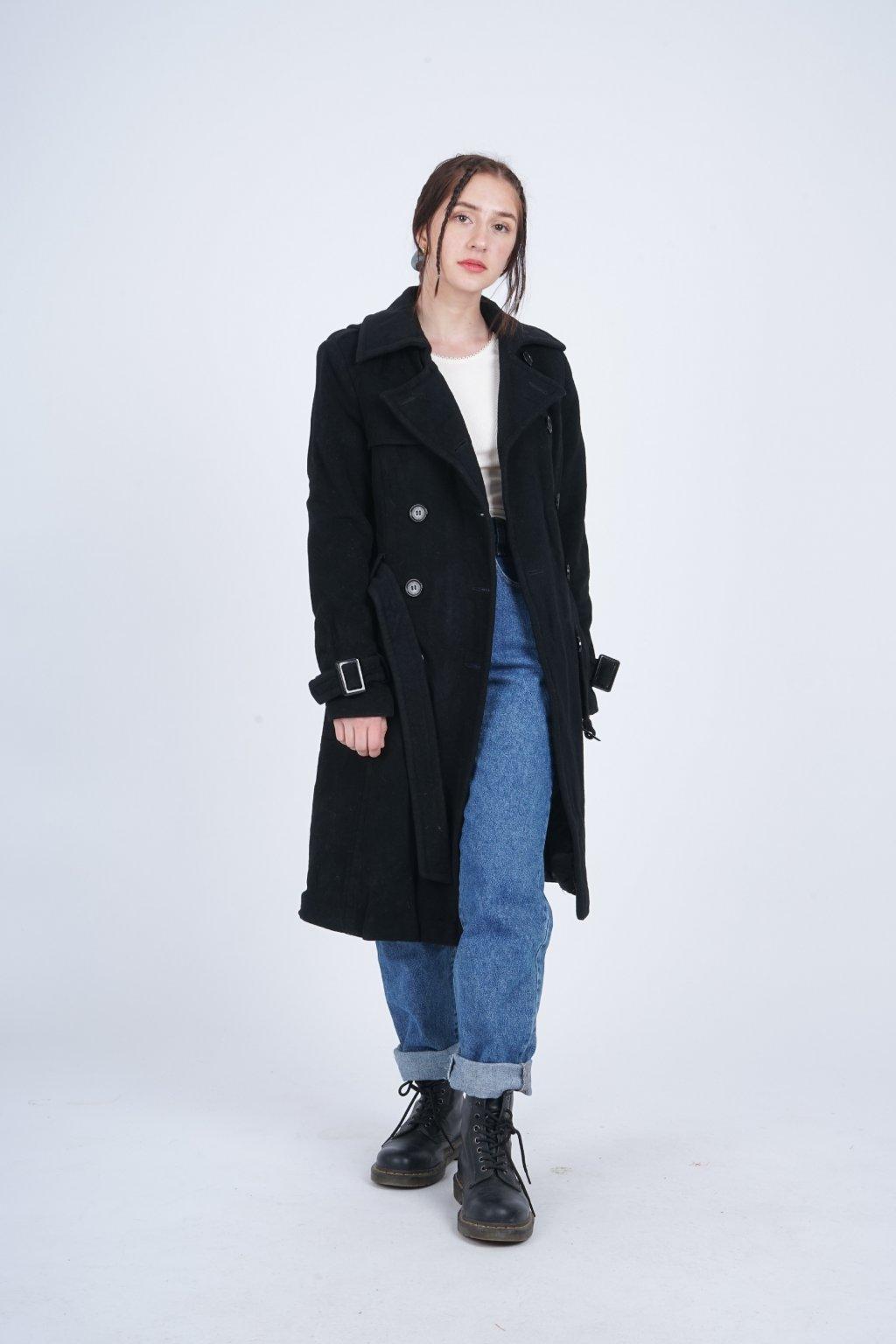 dlouhý kabát